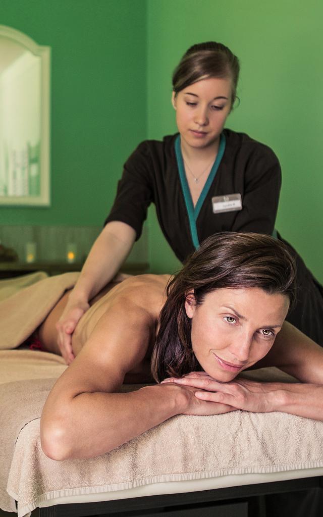 Bagnoles Orne Bo Spa Thermal Femme Massage 1