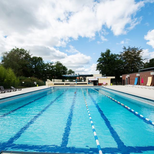 Bagnoles Orne Piscine Sport Natation Couloir Nage Longueur 1