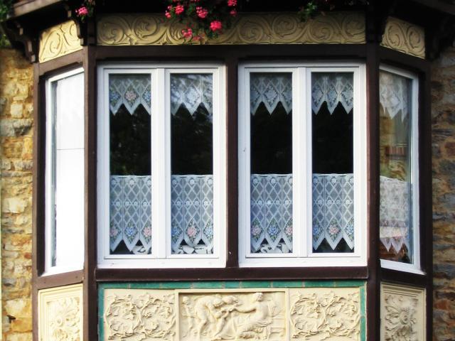 bow-window-beau-sejour-bagnoles-orne