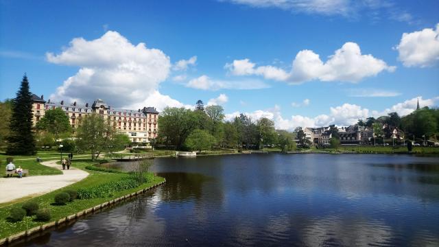 lac-bagnoles-orne-grand-hotel