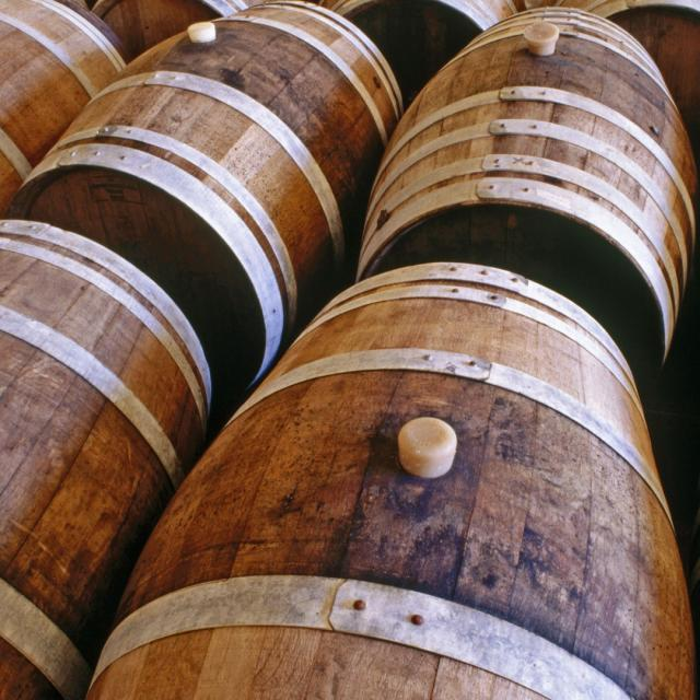 Bagnoles Orne Fut Chai Vieillissement Alcool Cidre Cavados Pommeau Pomme Poire Terroir Boisson