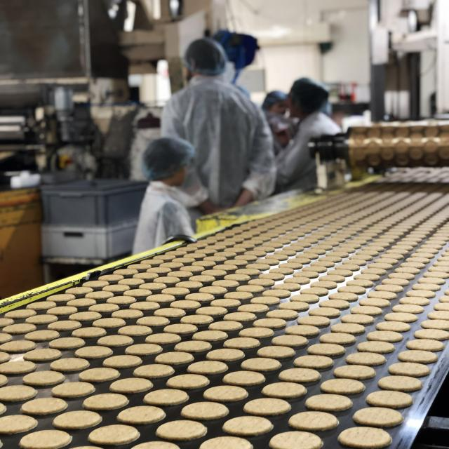 Biscuiterie Lonlay Labbaye Biscuit Gateau Sables Terroir Gastronomie Gourmandise Visite Moule Production Fabrication 2