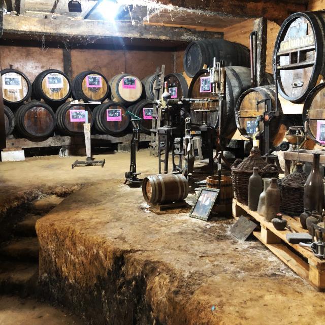 Bagnoles Orne Caves Chatel Caviste Savoir Faire Terroir Cidre Pomme Alcool