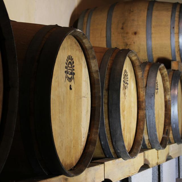 Bagnoles Orne Pom Producteur Cidre Terroir Pomme Jus Savoir Faire Futs Ferme
