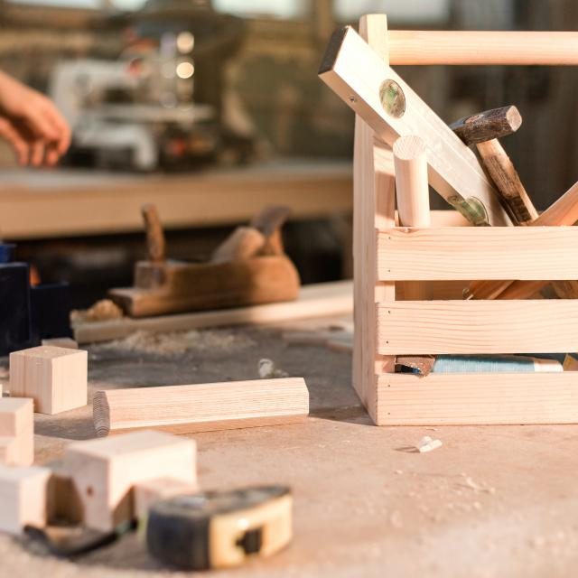 Tool box for joinery in the workplace in the home workshop