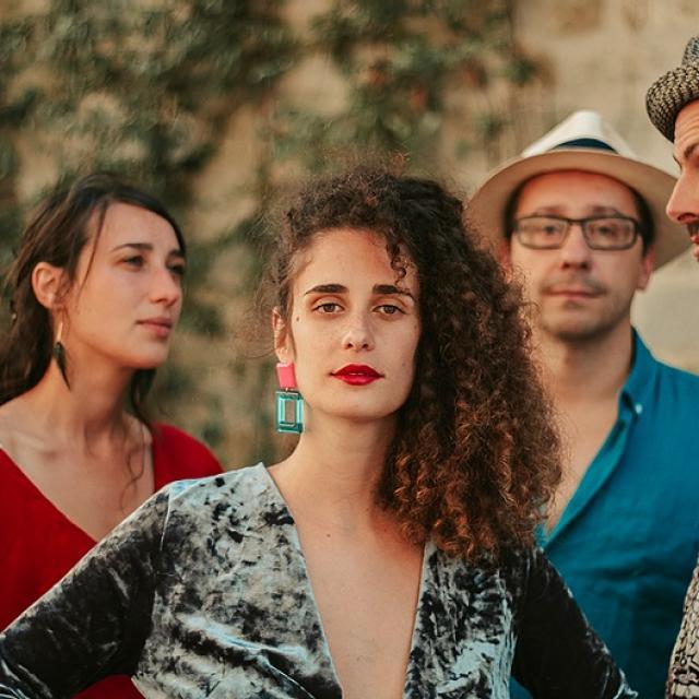 Bagnoles Orne Festival Ete Cle Bagnoles Elefante Musique Bresilienne