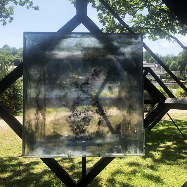 Bagnoles Orne Benoit Delomez Orne Tres Contemporain Verre Bois Transparence Element Exposition Estivale