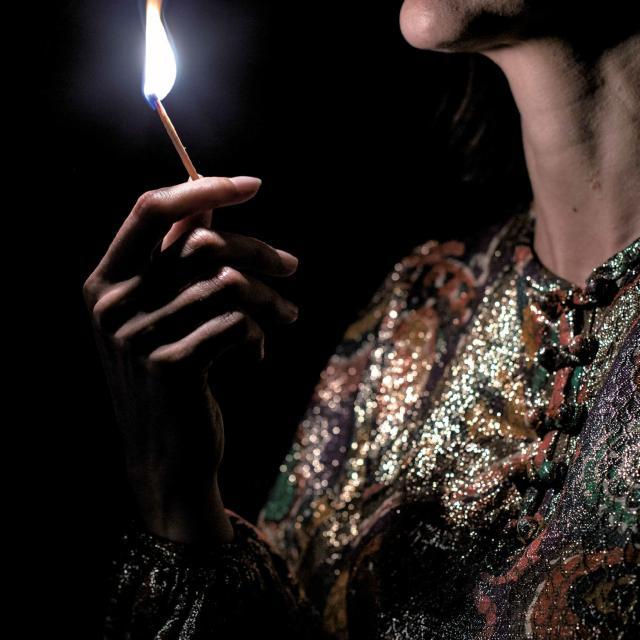 Bagnoles Opera Rouen Verdi Retransmission Le Trouvere Femme Allumette