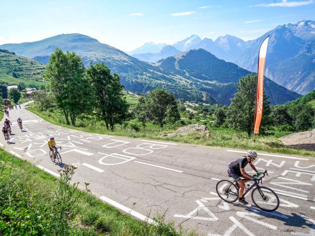 Montée des 21 virages de l'Alpe d'Huez