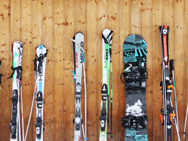 Skis 2018 @ot Oz