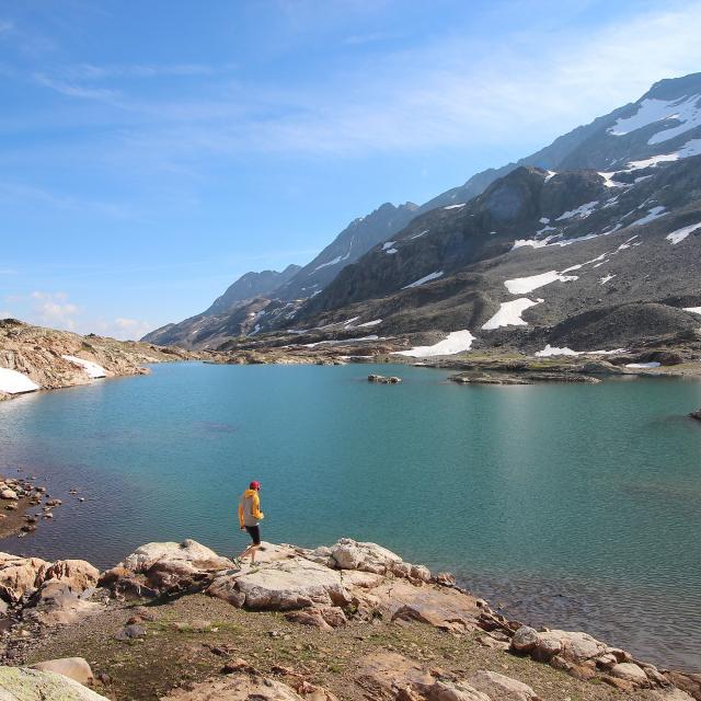 Lac Du Milieu Dôme Des Rousses