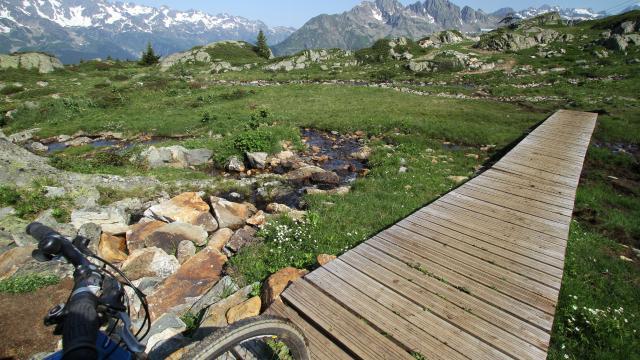 VTT sur le plateau des lacs