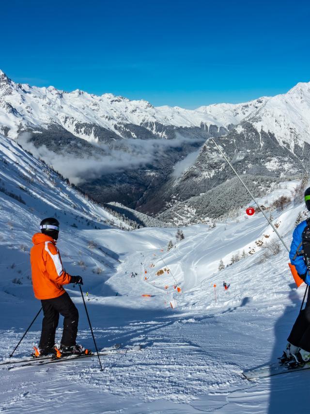 Ski sur la piste de Poutran