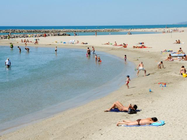 p-valette-2012-plage-scaled.jpg