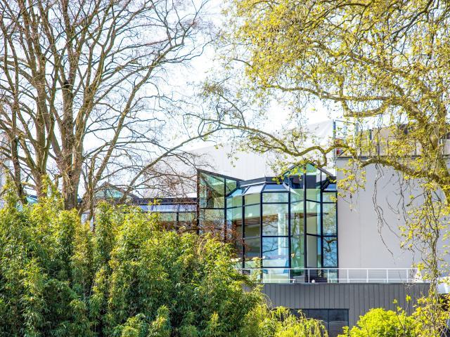 Centre de congrès depuis le Jardin des plantes d'Angers