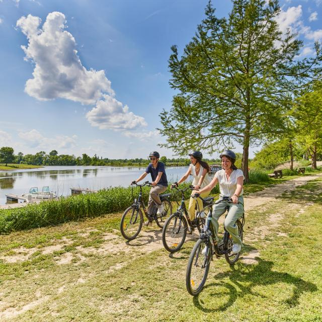 Balade à vélo en bord de rivière