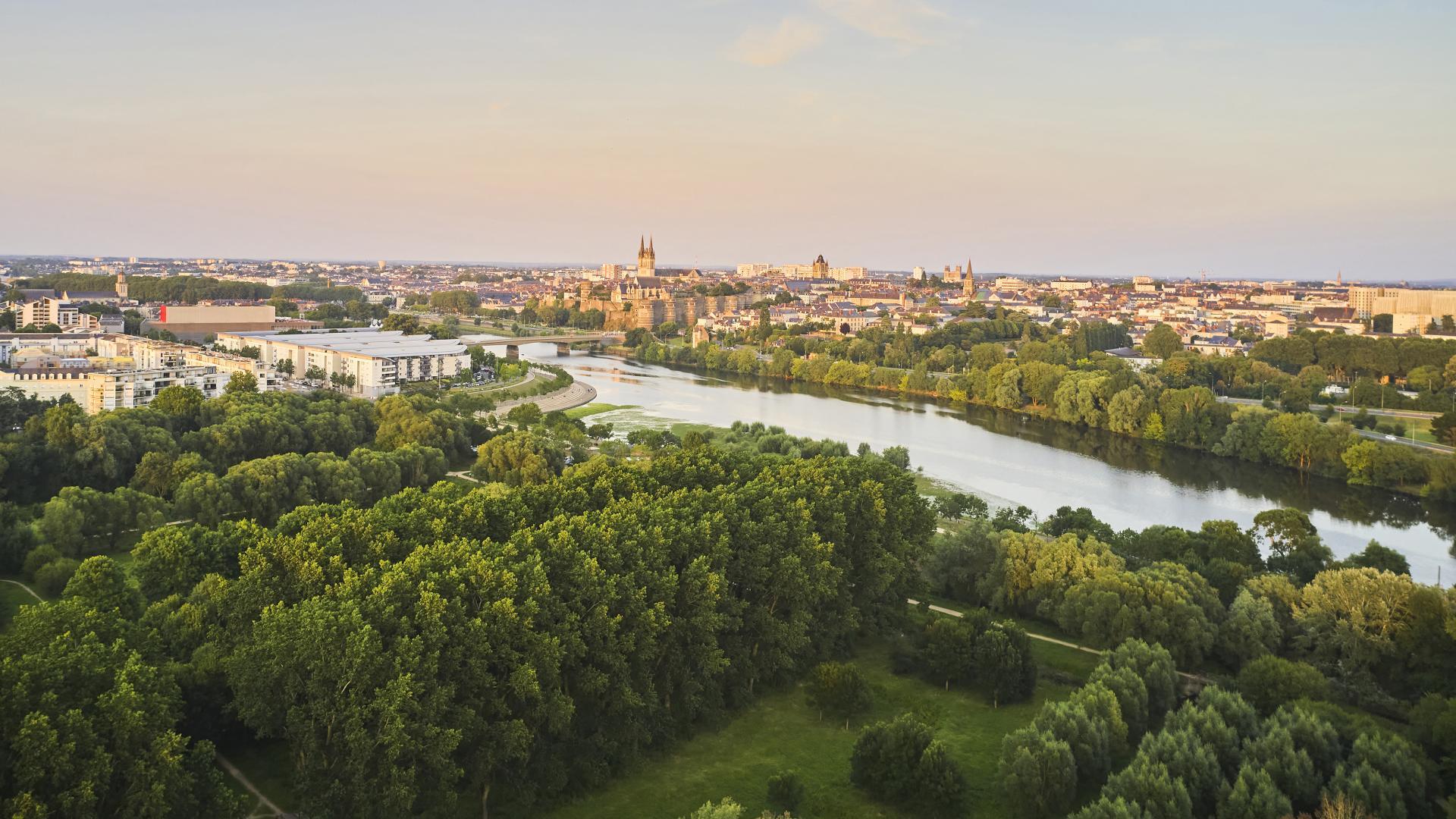Angers, vue aérienne depuis le parc Balzac