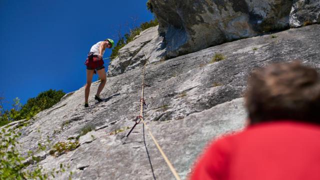 Escalade de la falaise d'arguibelle à Lanne en Baretous