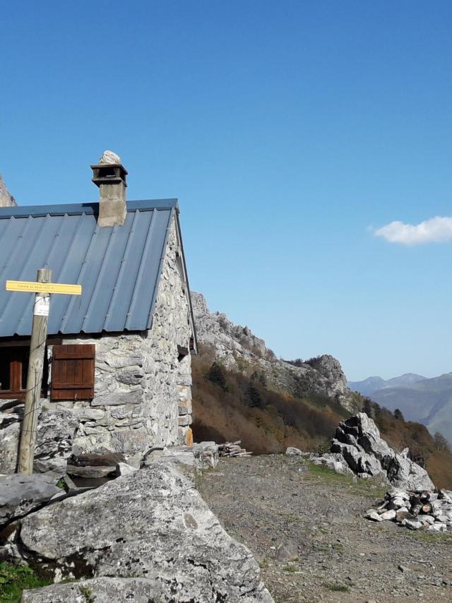 Cabane de berger dans la montagne