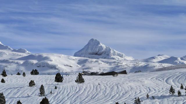 Panorama de La Pierre Saint-Martin nevada