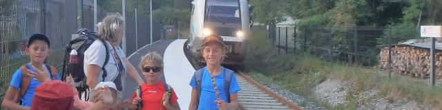 On attend l'arrivée du train pour un retour reposant à Bedous (ligne Pau-Canfranc)!