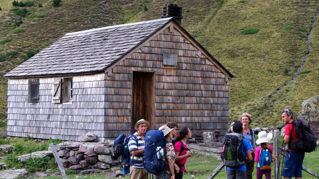 Le groupe au refuge de Larry (Pyrénées béarnaises)