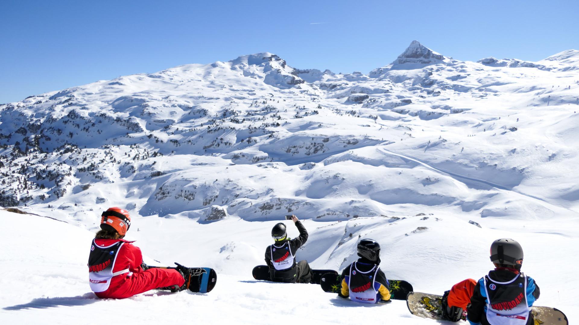 Grupo de snowboarders en La Pierre Saint Martin