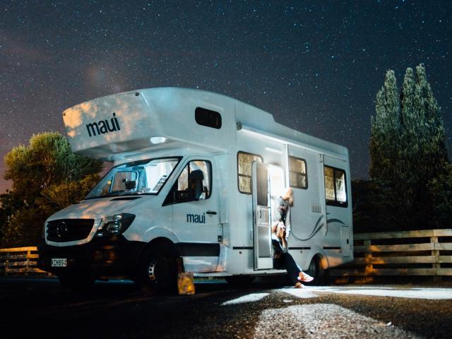 Hébergements spécialisés pour les camping-cars, aires de services, stationnement, vidange, remplissage, électricité en Pyrénées Béarnaises