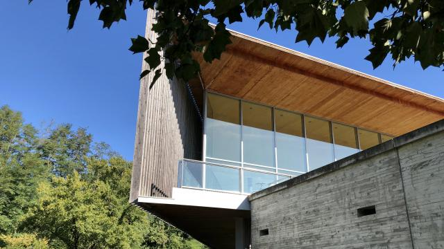 Médiathèque des gaves à Oloron Sainte-Marie en Pyrénées Béarnaises (culture, patrimoine, architecture)