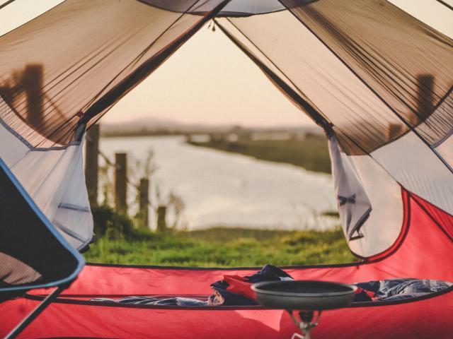 Hébergements en tente dans des campings en pleine nature des Pyrénées Béarnaises