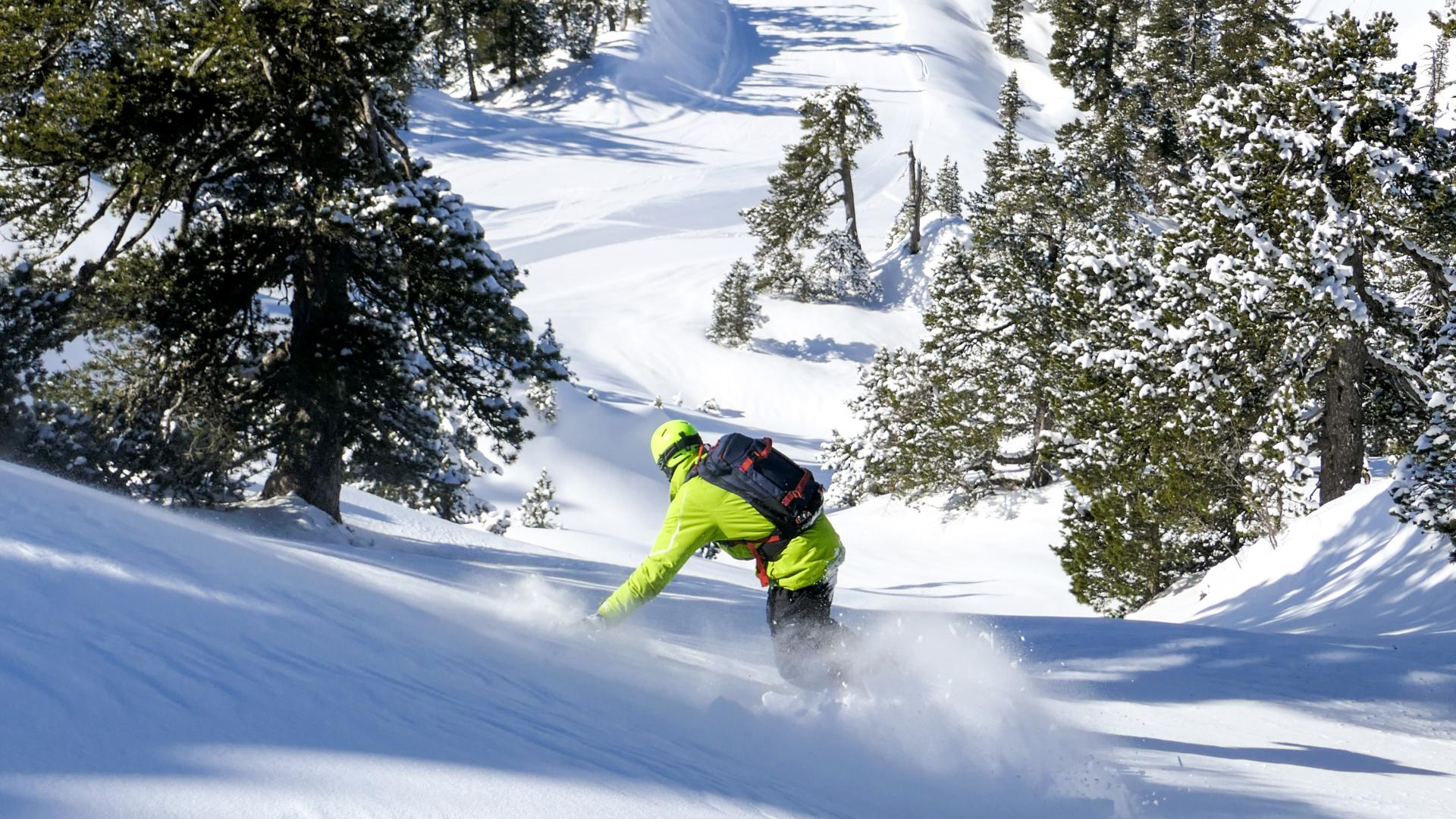 Snowboard à la station de ski de la Pierre Saint-Martin en Pyrénées béarnaises