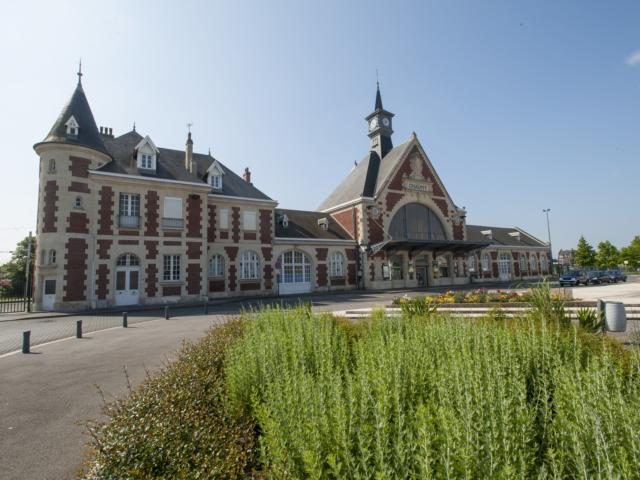 Chauny La Gare