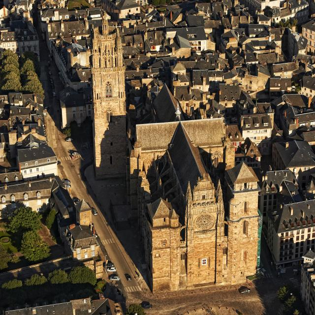 Vue globale de la cathédrale de Rodez