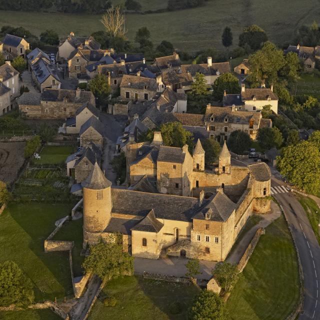 Château d'Onet-village