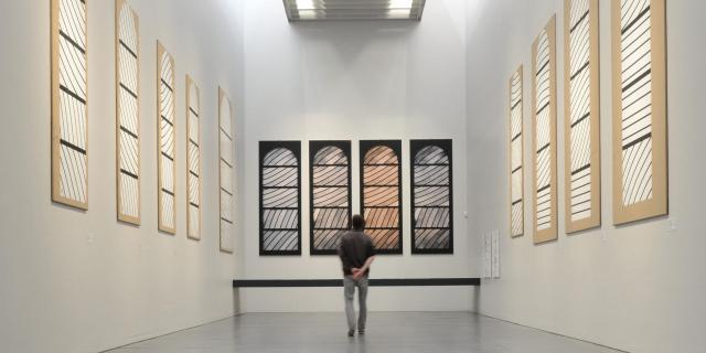 Salle de préparation aux vitraux de Conques au musée Soulages de Rodez