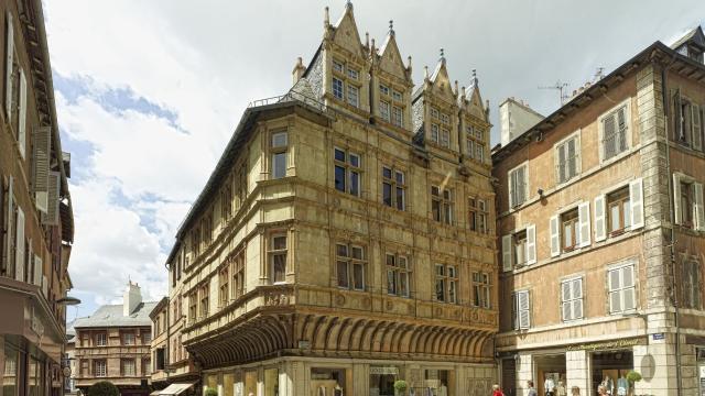 Place de l'Olmet à Rodez