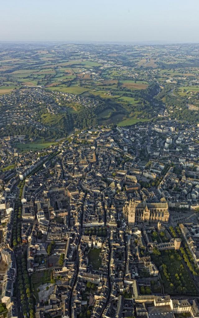 Vue panoramique de Rodez et son agglomération