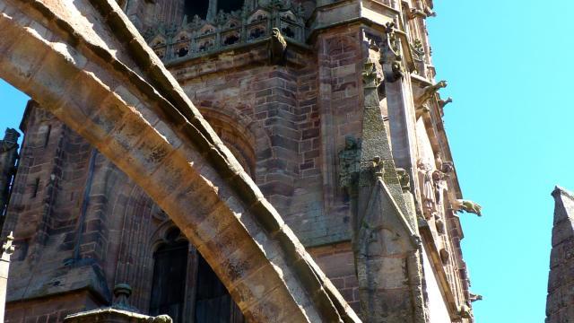 Vue du clocher depuis les terrasses de la cathédrale