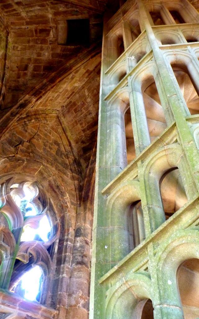 Escalier à clairevoie du clocher de la cathédrale de Rodez
