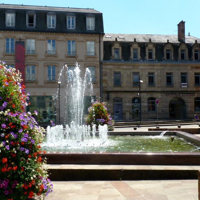 Fontaine de la Place E.Raynaldy à Rodez