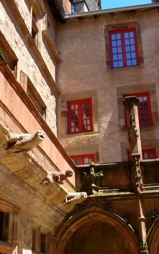 Gargouilles de la cour de la maison de Benoit de Rodez