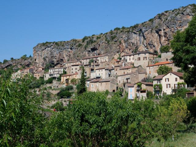 Village troglodyte de Peyre
