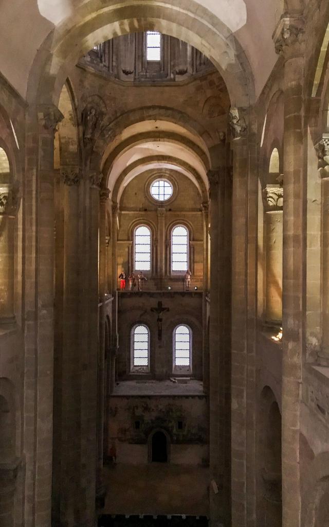 Architecture intérieure de l'abbaye de Conques, Grand Site Occitanie