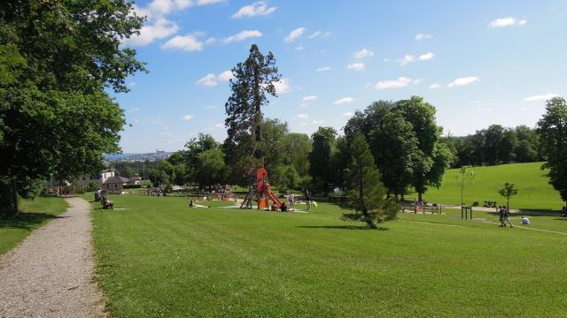 Parc de jeux pour enfants au Domaine de Vabre