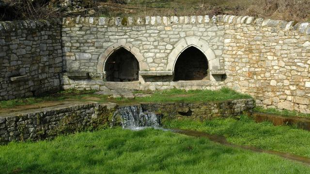 Fontaine des Igues à Sébazac-Concourès