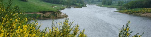 Vue du lac de la Brienne à Planèzes