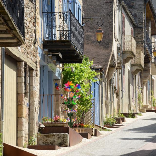 Rue dans le village de Najac