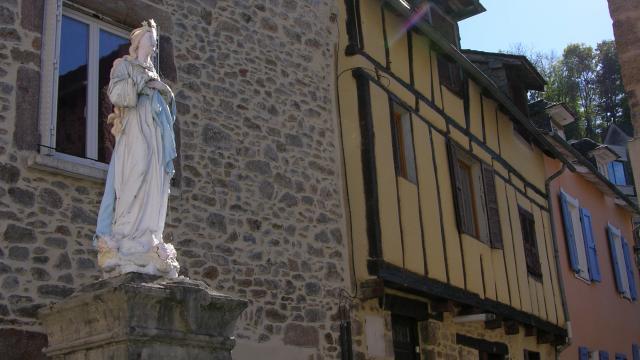 Place de la Fontaine au Monastère