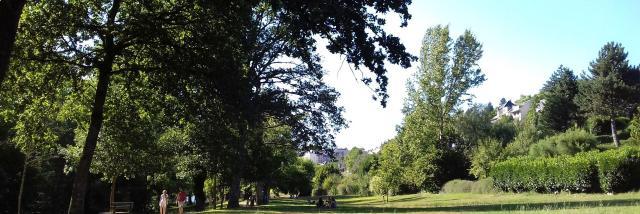 Espace vert à Layoule