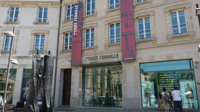 Entrée du musée Fenaille